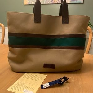 RARE Dooney & Bourke XL Brooklawn Travel Tote C612